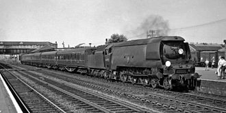 Eastleigh railway station - A Special for Salisbury via Southampton in 1964