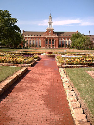 Oklahoma State University–Stillwater - Edmon Low Library
