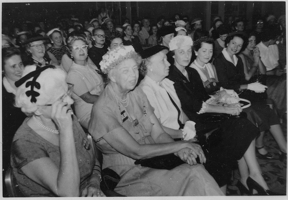 Eleanor Roosevelt at the Democratic Nationall Convention in Chicago, Illinois - NARA - 195997.jpg