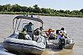 Embarcação fiscaliza lanchas rio Paraguai durante Operação Ágata 6 (8091597773).jpg