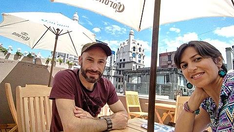 En la terraza de la Galería Güemes.jpg