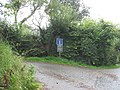 Entrance into a private access lane which has public rights of way for walkers - geograph.org.uk - 950707.jpg