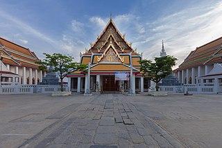 Wat Kalayanamitr Buddhist temple in Bangkok, Thailand