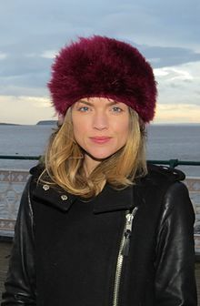 Erin Richards filming on Penarth Pier January 2016 (cropped).JPG