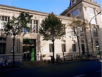 Business school - ESCP Europe, France, founded in 1819