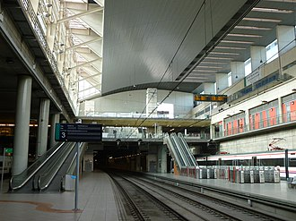 Castelló de la Plana railway station - Interior of the station in 2012.