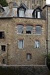 Façade est de la maison du Pot de cuivre (Le Mont-Saint-Michel, Manche, France).jpg