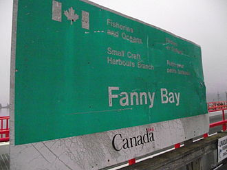 Fanny Bay - Fisheries sign for Fanny Bay