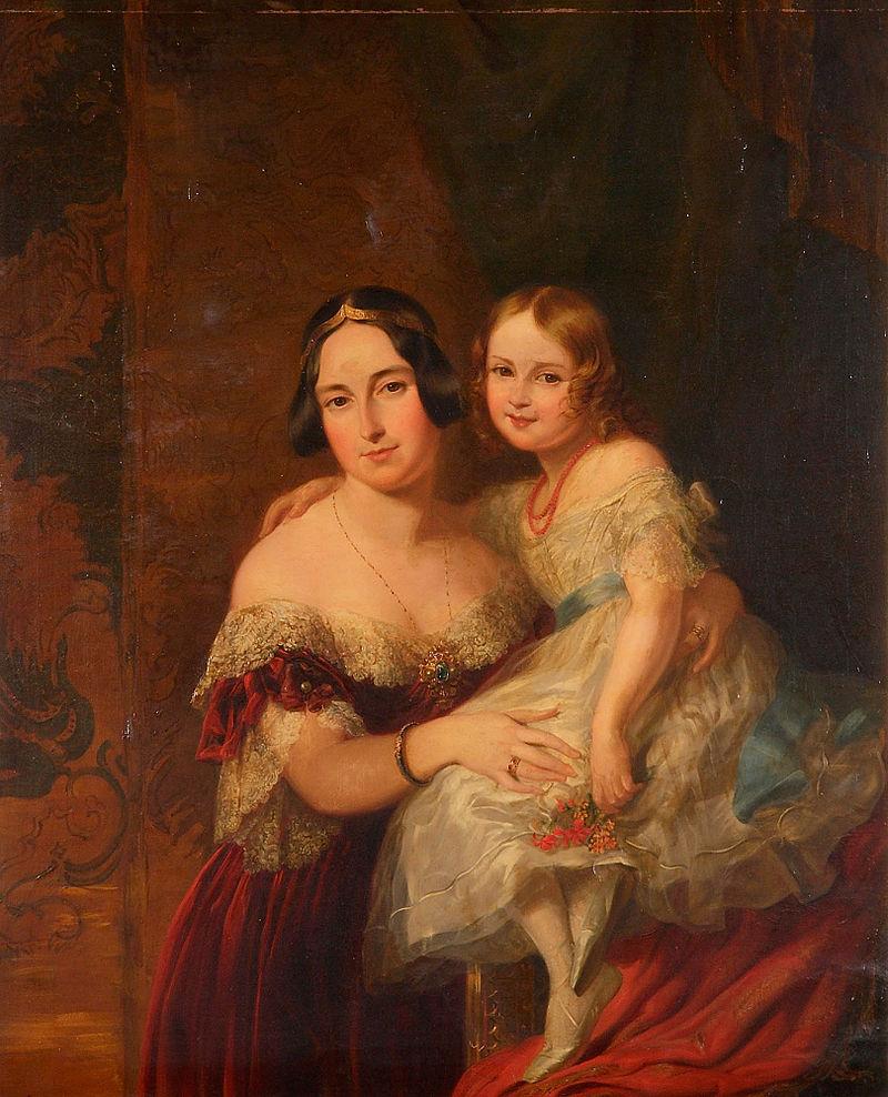 Feodora, Princess of Hohenlohe-Langenburg with her daughter Princess Adelaide.jpg