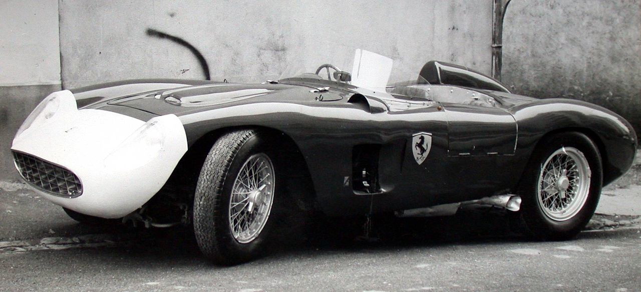1280px-Ferrari_500_TR.JPG