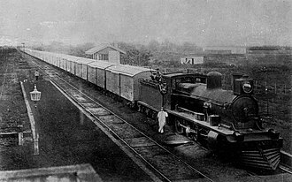 Antártida Argentina railway station - The station with a freight train stopped, c. 1909-12