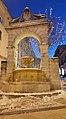 Fontana Ferdinandea in bianco.jpg