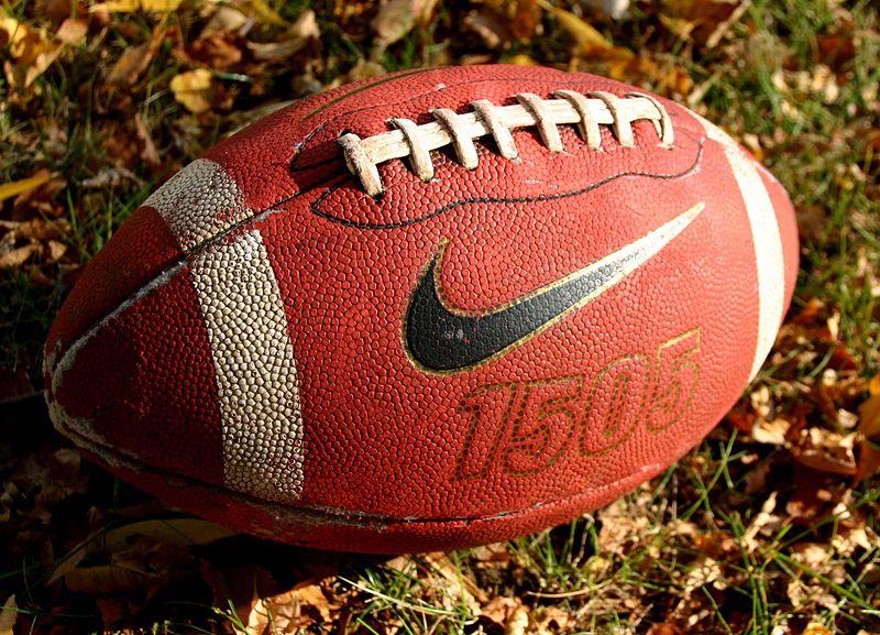 bola de futebol americano, football nos EUA