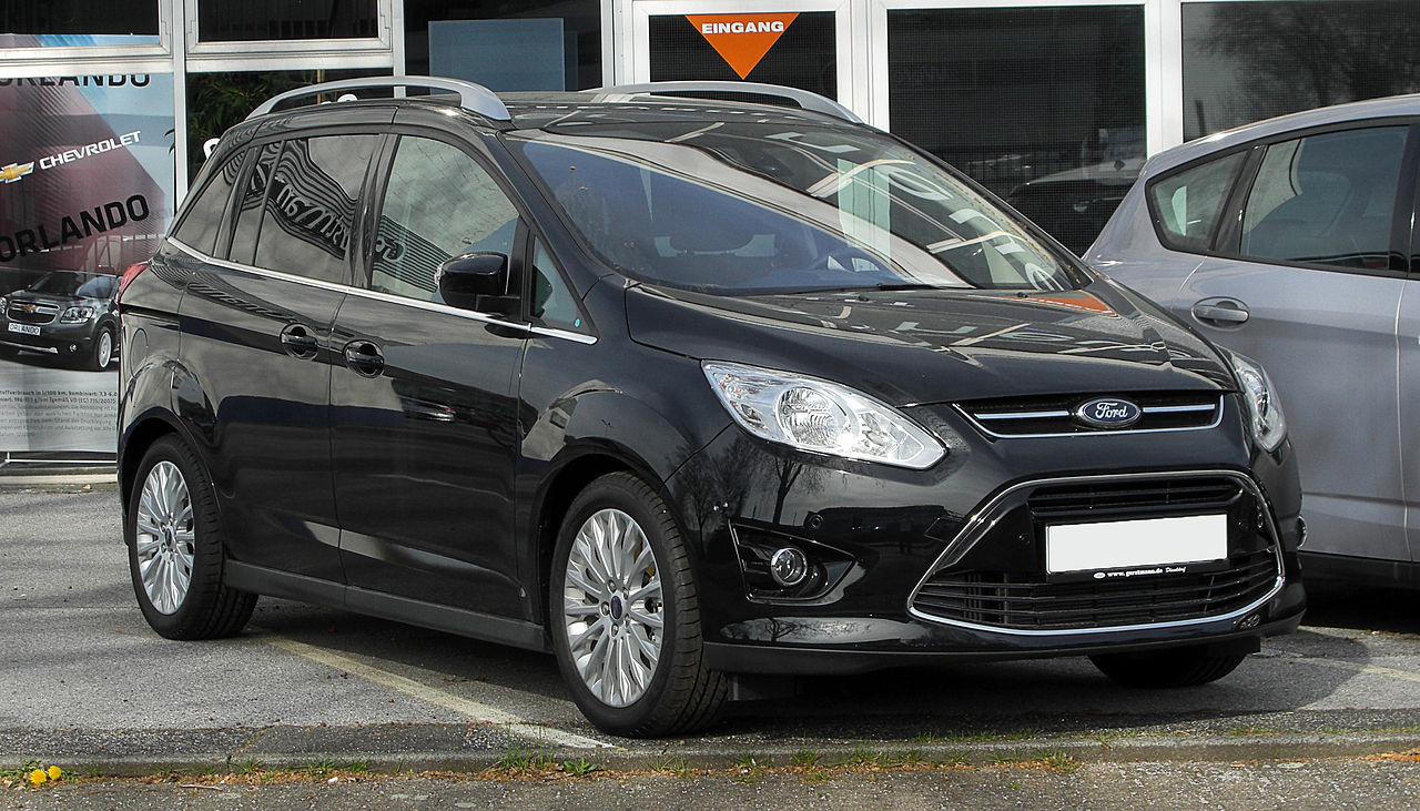Ford C Max Hybrid Energi also Volkswagen Touran moreover Ford C Max Hybrid Changes furthermore Ford C Max Front furthermore Mazda Cx Boot. on ford c max dimensions