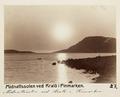 Fotografi av midnattssolen vi Kralö i Finnmarken, Norge - Hallwylska museet - 105839.tif