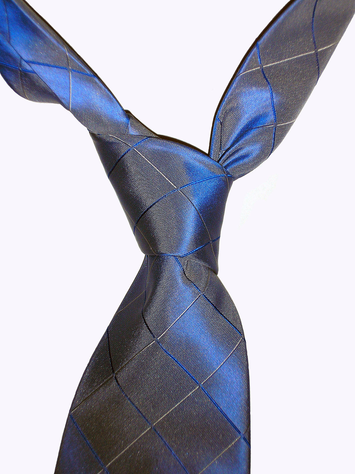 Four In Hand Knot Wikipedia How To Tie A Double Windsor Diagram Pictures 3