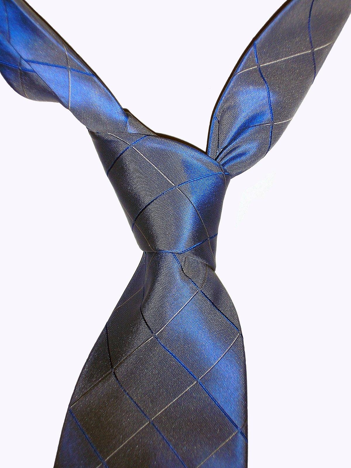 fourinhand knot wikipedia