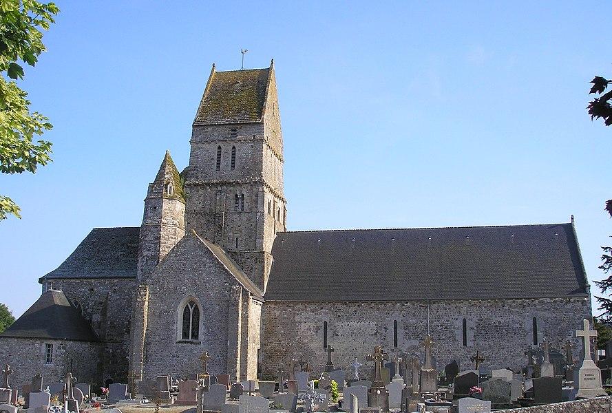 Orval (Normandie, France). L'église Sainte-Hélène.