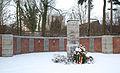 Friedhof Knapsack Kriegerdenkmal 01.JPG