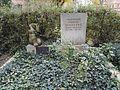 Friedhof der Dorotheenstädt. und Friedrichwerderschen Gemeinden Dorotheenstädtischer Friedhof Okt.2016 - 9 4.jpg