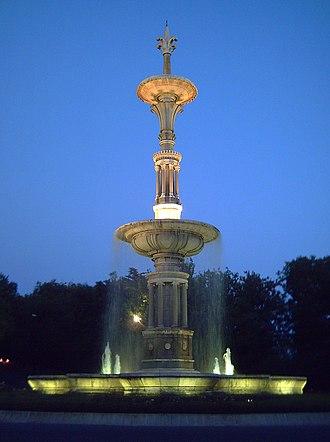 Parque del Oeste - Fountain of Juan de Villanueva.