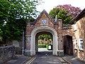 GOC Tring & Wendover Woods 140 Gatehouse to Sutton Court, Tring (34722559370).jpg