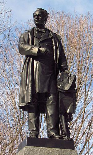 George-Étienne Cartier - Image: George Etienne Cartier statue, Ottawa