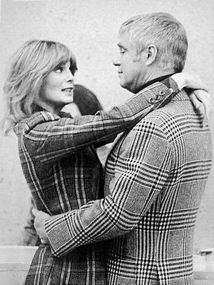 Banacek - Peppard and guest star Linda Evans, 1974.
