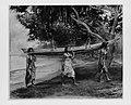 Girls Carrying a Canoe, Vaiala in Samoa MET 193205.jpg