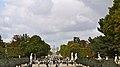 Grande Allée du Jardin des Tuileries 1, Paris 15September 2010.jpg