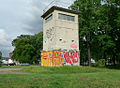Grenzwachturm Berliner Mauer.jpg