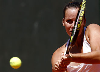 Jarmila Wolfe - Wolfe (then known as Groth) at 2009 Estoril Open, Oeiras, Portugal