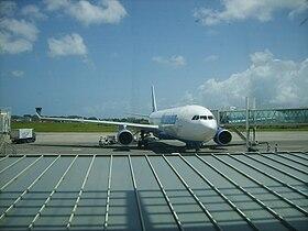 Avion d'Air Caraïbes à l'aéroport de Pôle Caraïbes (Guadeloupe).