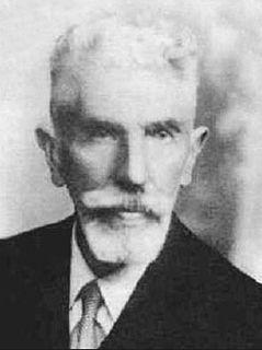 Guido Castelnuovo Italian mathematician (1865–1952)