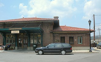 Hastings-on-Hudson, New York - The former Hastings-on-Hudson train station facing West c. 2010