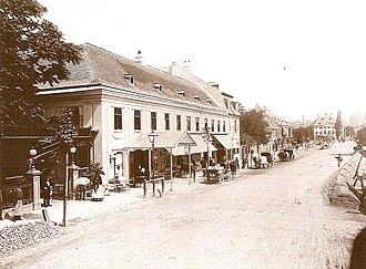 Hietzing - Hietzinger Main Street in 1889 at Kasinos Dommayer (current site of Parkhotel Schönbrunn).