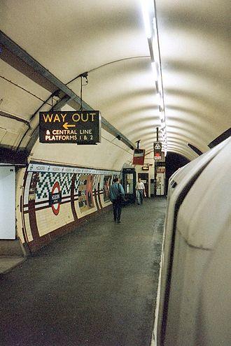 Holborn tube station - Aldwych branch platform shortly before closure, 1994