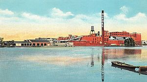 Austin, Minnesota - A postcard from the 1920s showing the Hormel meatpacking plant