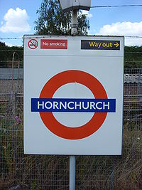 Hornchurch tube station 7.jpg