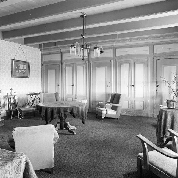 File interieur kamer met kastenwanden finkum 20301622 for Kamer interieur