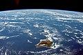 ISS-63 Hawaiian island chain.jpg
