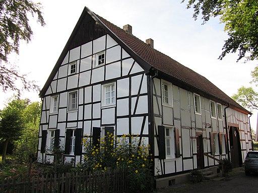 Im Dorfe 16