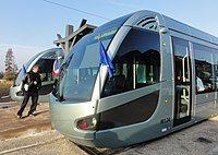Inauguration de la branche vers Vieux-Condé de la ligne B du tramway de Valenciennes le 13 décembre 2013 (105).JPG