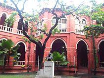 Inside madras law college old building, Sep 2013.jpg