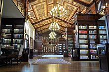 Main hall of the Lanier Theological Library.