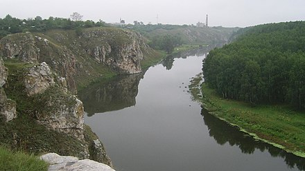 Iset River near Kamensk-Uralsky. Iset - view from Three Caves (left).jpg