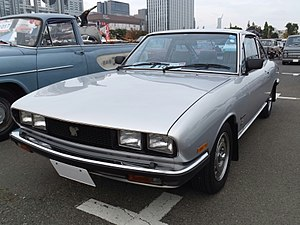 Isuzu 117coupé XG, Front View, late model,.jpg