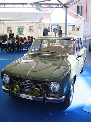 "History of the Italian State Police - The Italian police 1971 Alfa Romeo Giulia Super, the ""Pantera"", in the classic green livery, the vehicle and symbol of State Police in the 1960s."