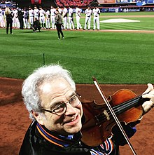 Itzhak Perlman about to play the National Anthem at Citi Field in New York City in 2016