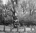 Jánoshegy, Erzsébet királyné emlékhely, imazsámollyal és Mária képpel. Fortepan 5251.jpg